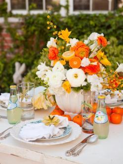 original_nicole-hill-gerulat-spring-summer-table-setting_s3x4-jpg-rend-hgtvcom-966-1288