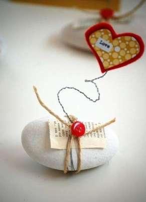 segnaposto-matrimonio-fai-da-te-con-una-pietra